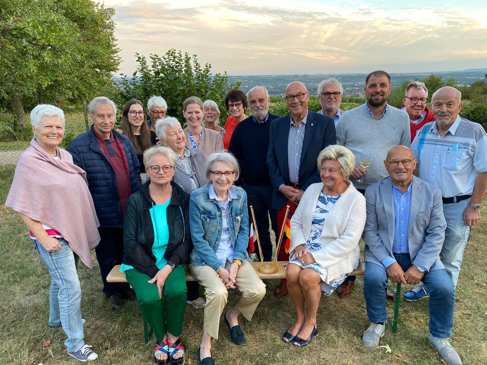 Freunde aus Wiesbaden begruessen die Stadt Jaroslawl  zum Stadtfest