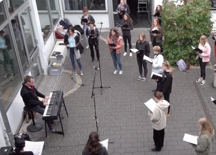 Chorgesang der Herderschule Kassel